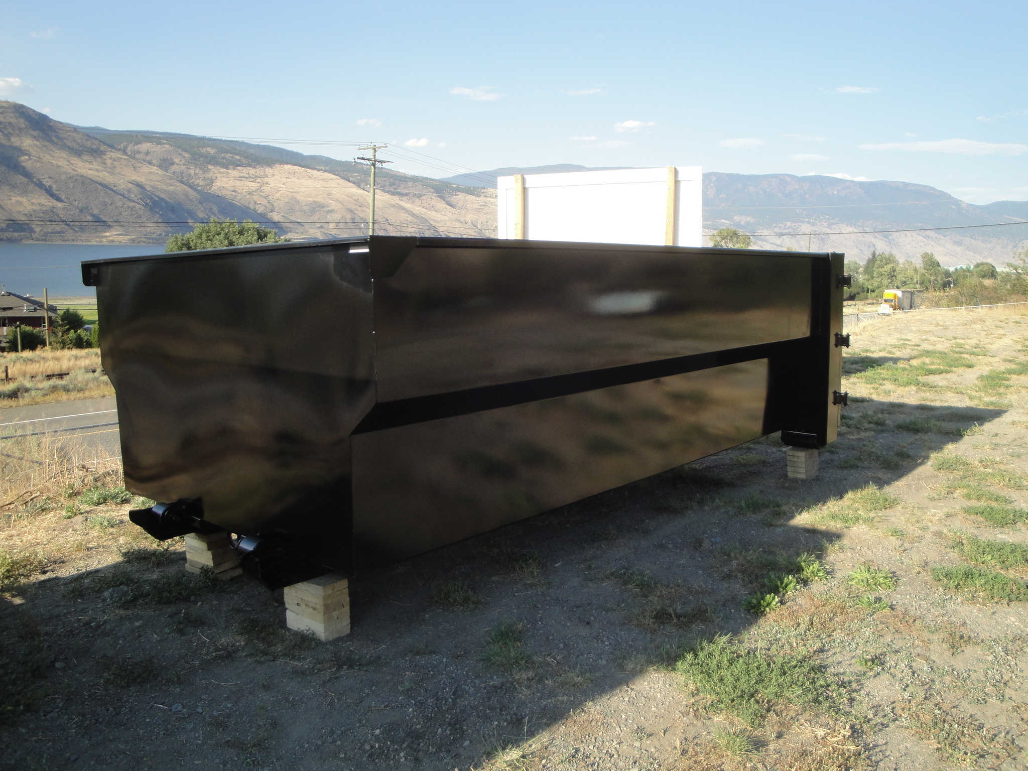 side of trailer